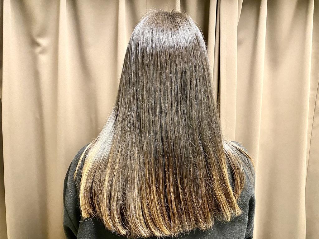 シャンプー後に琴髪ヘアトリートメントを使い手ぐしでドライヤーした髪