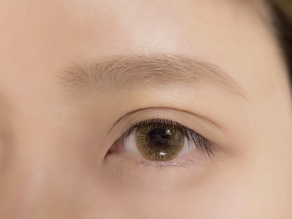 リトルレディ ベビーニュアンス アイブロウシリーズ3種でメイクした眉毛
